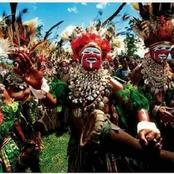 القبيلة التي تحكمها النساء ورجالها يتصفون بالأنوثة قبيلة تشامبولى .. اغرب القبائل بالصور