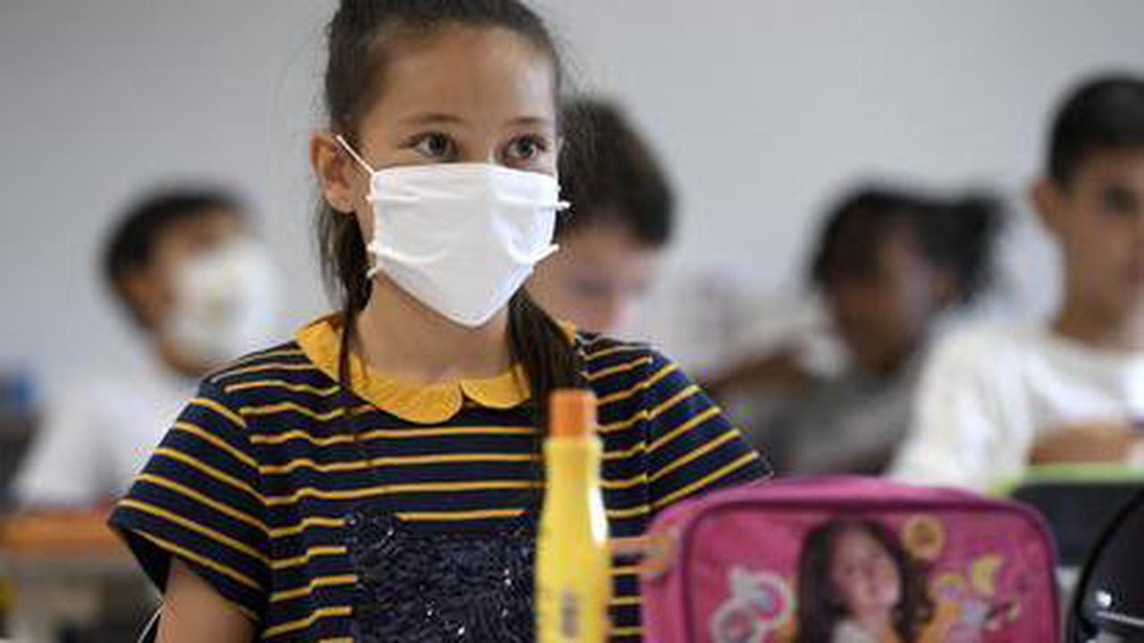 Reconfinement: l'Éducation nationale publie le nouveau protocole sanitaire dans les écoles