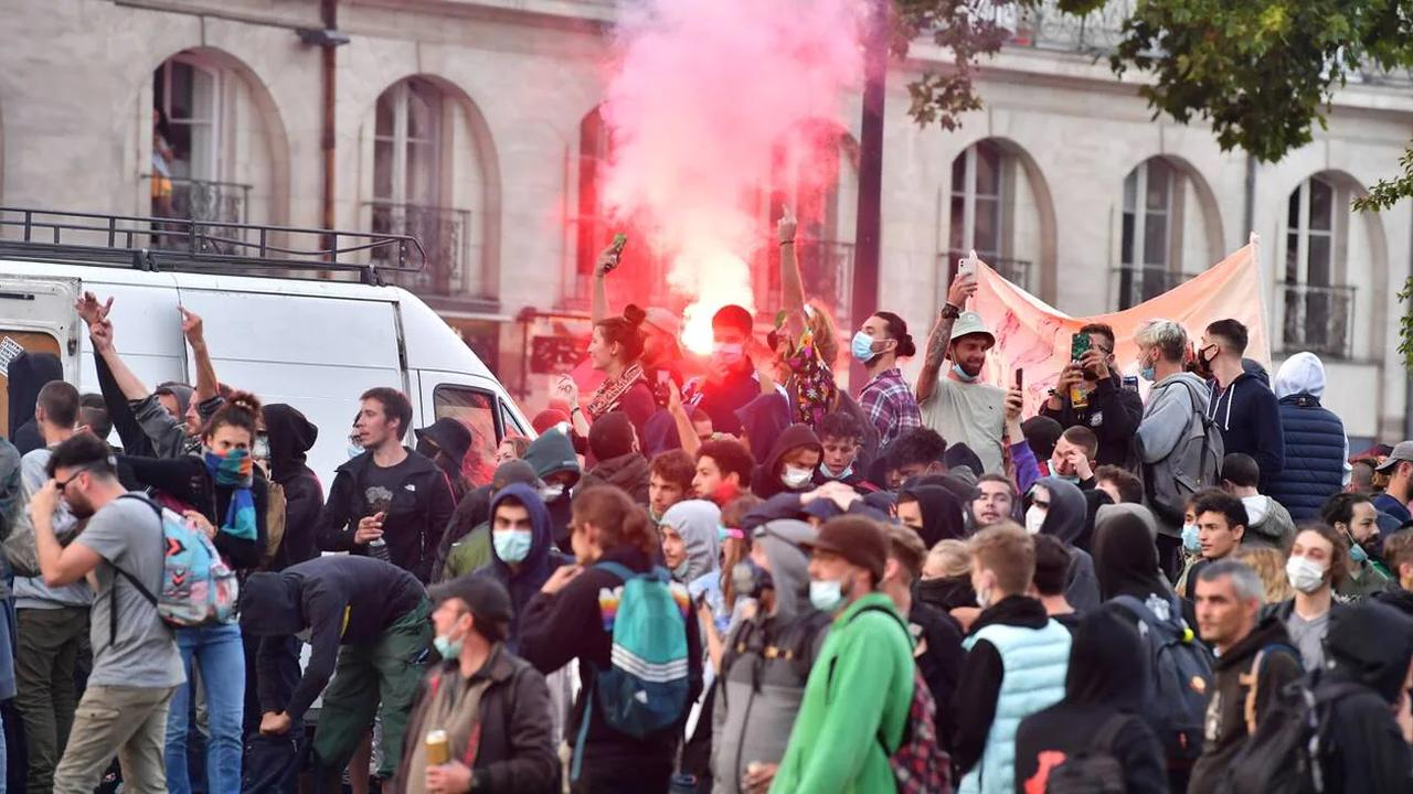 Nantes. Une soirée d'affrontements en centre-ville