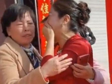 'See How Fate Brought This Chinese Woman And Her Daughter Back Together, 20 Years After This
