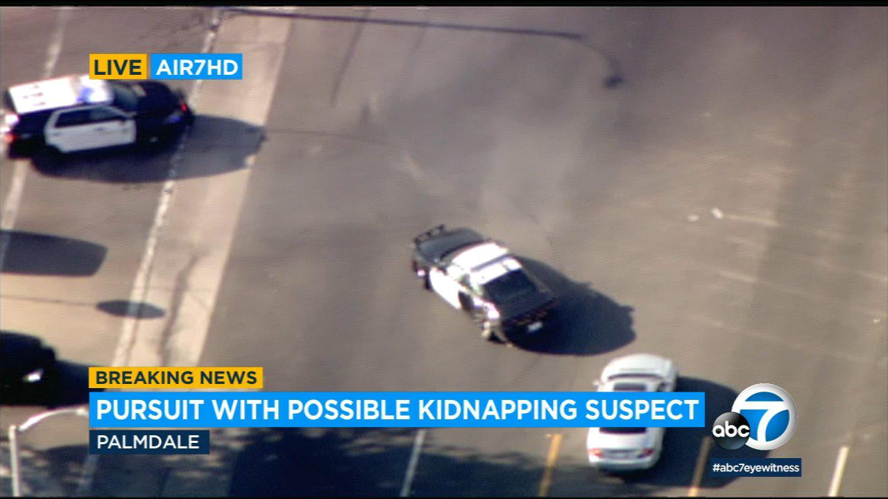 Armed kidnapping suspect flees authorities in chase from Kern County to Palmdale