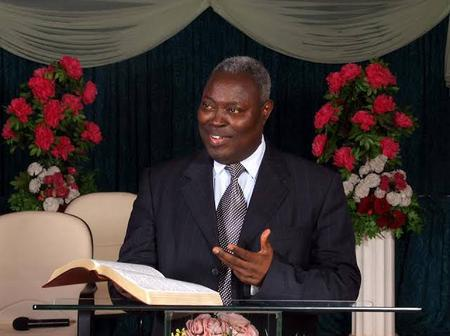 Pastor Kumuyi Sends Message To Rich And Wealthy Men