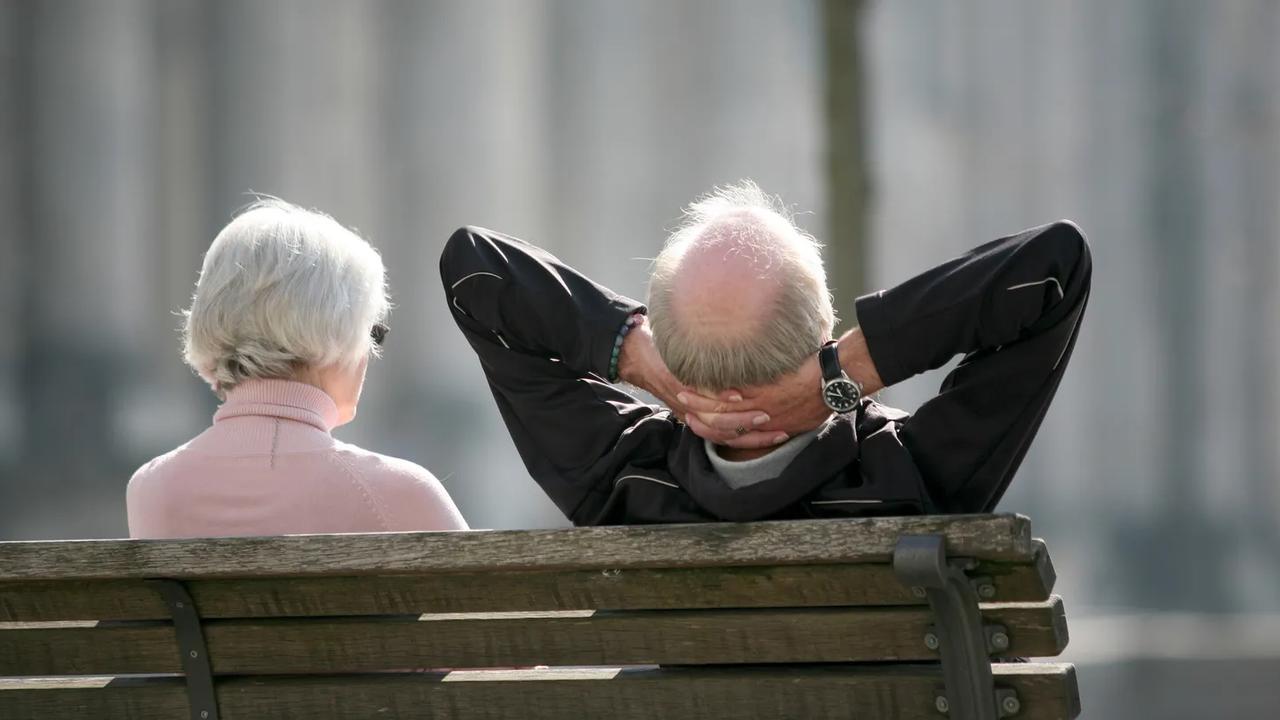 Rentenbeginn an Lebenserwartung koppeln? Mehrheit dagegen
