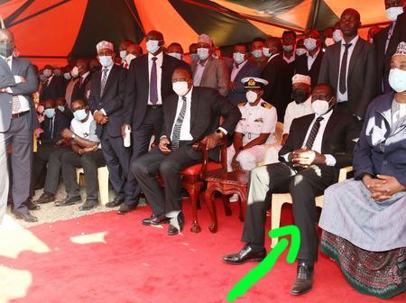 DP Ruto forced to Seat On Plastic Chair at Senator Haji's Burial