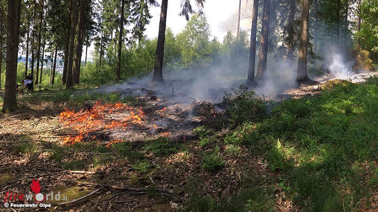 D: Rund 400m² großer Waldbrand in Olpe
