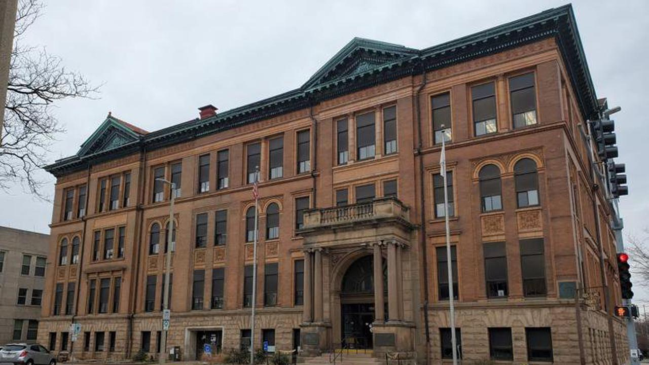 Editorial: Reduce the size of the Rock Island County Board