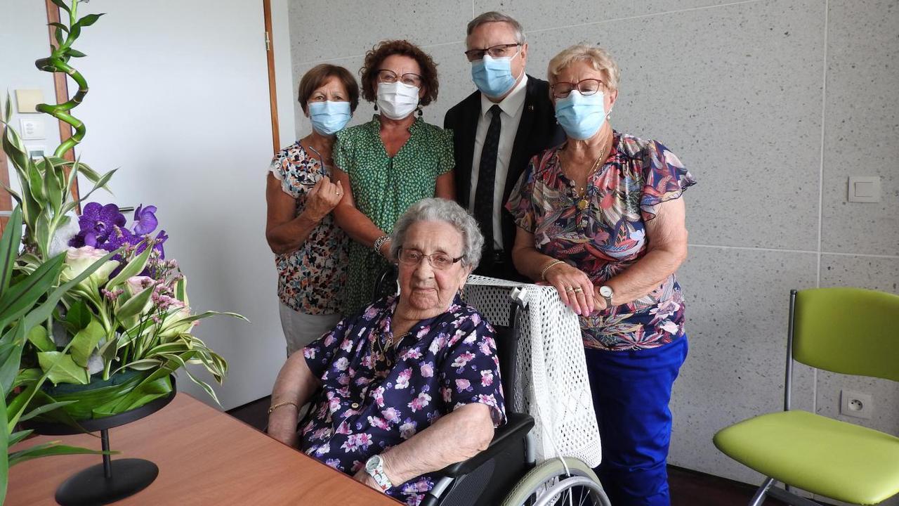 Ghyvelde - Les Moëres : Albertine Swyndedauw a fêté ses 104 ans