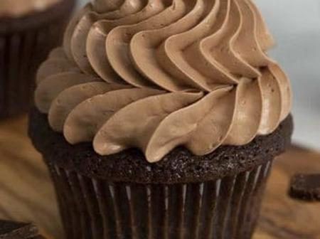 Easy And Sweet Chocolate Cup Cakes Recipe To Try At Home