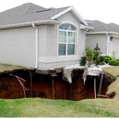 Warning signs that your house has a Sinkhole.