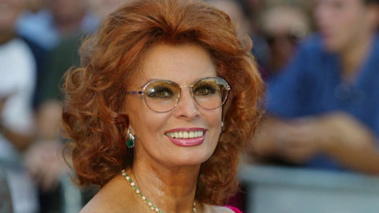 Sophia Loren says Richard Burton was furious at Scrabble cheating 'Not playing with you!'