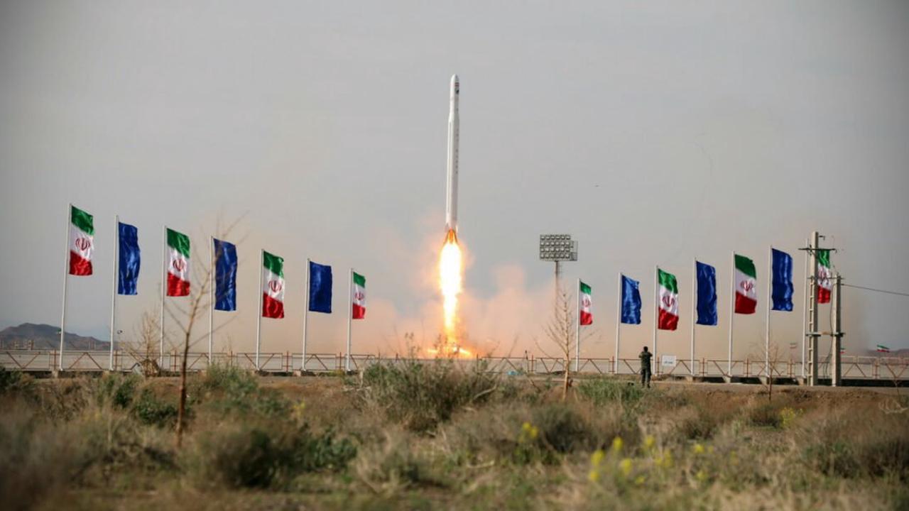 Russia Preparing to Give Iran Advanced Satellite System: Report