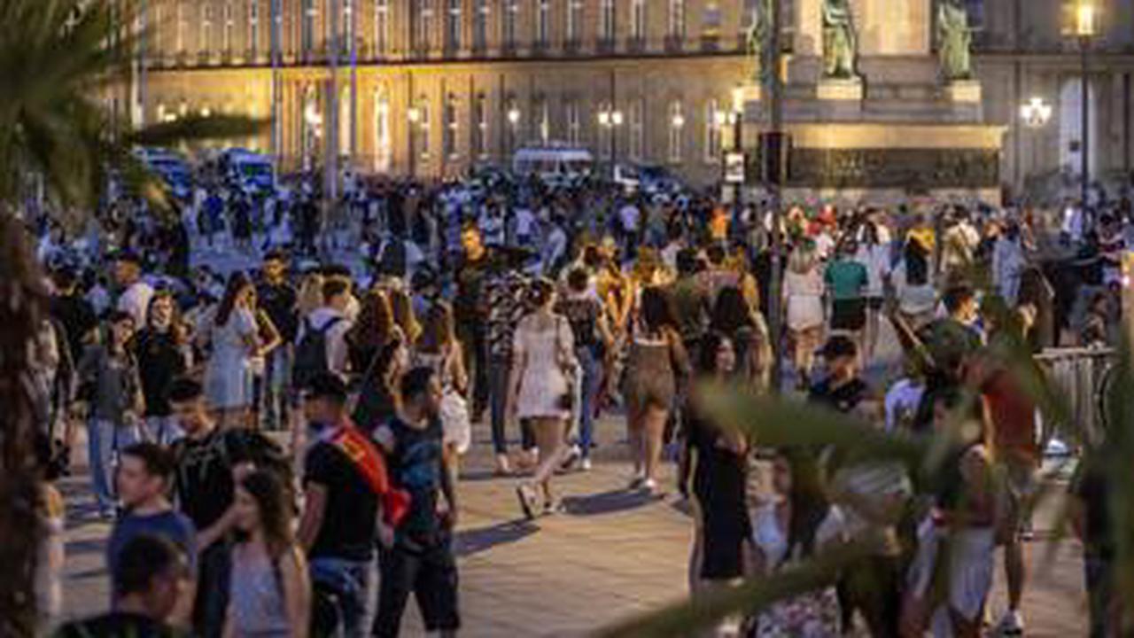 Tausende Feiern bei bestem Sommerwetter: Polizei räumt mehrere Partys