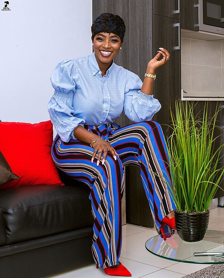 7eea78f304ee7c092940e7bf2ee1cf97?quality=uhq&resize=720 - 10 Times Cookie Tee Proved She Is The Prettiest Media Personality In Ghana