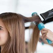 لـ حواء..هذه طرق الحفاظ على شعرٍك بعد السشوار
