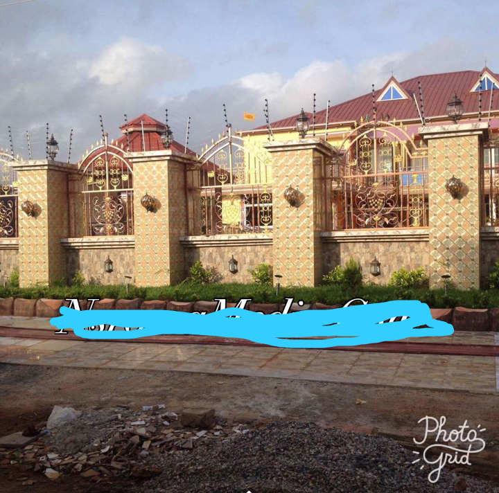 80529c6250420c3957d3076d7cc2ac86?quality=uhq&resize=720 - Have you ever seen Captain Smart's huge Mansion that looks like a Palace? (Photos)