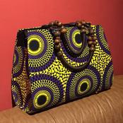 See these 5 beautiful Ankara handbags for ladies