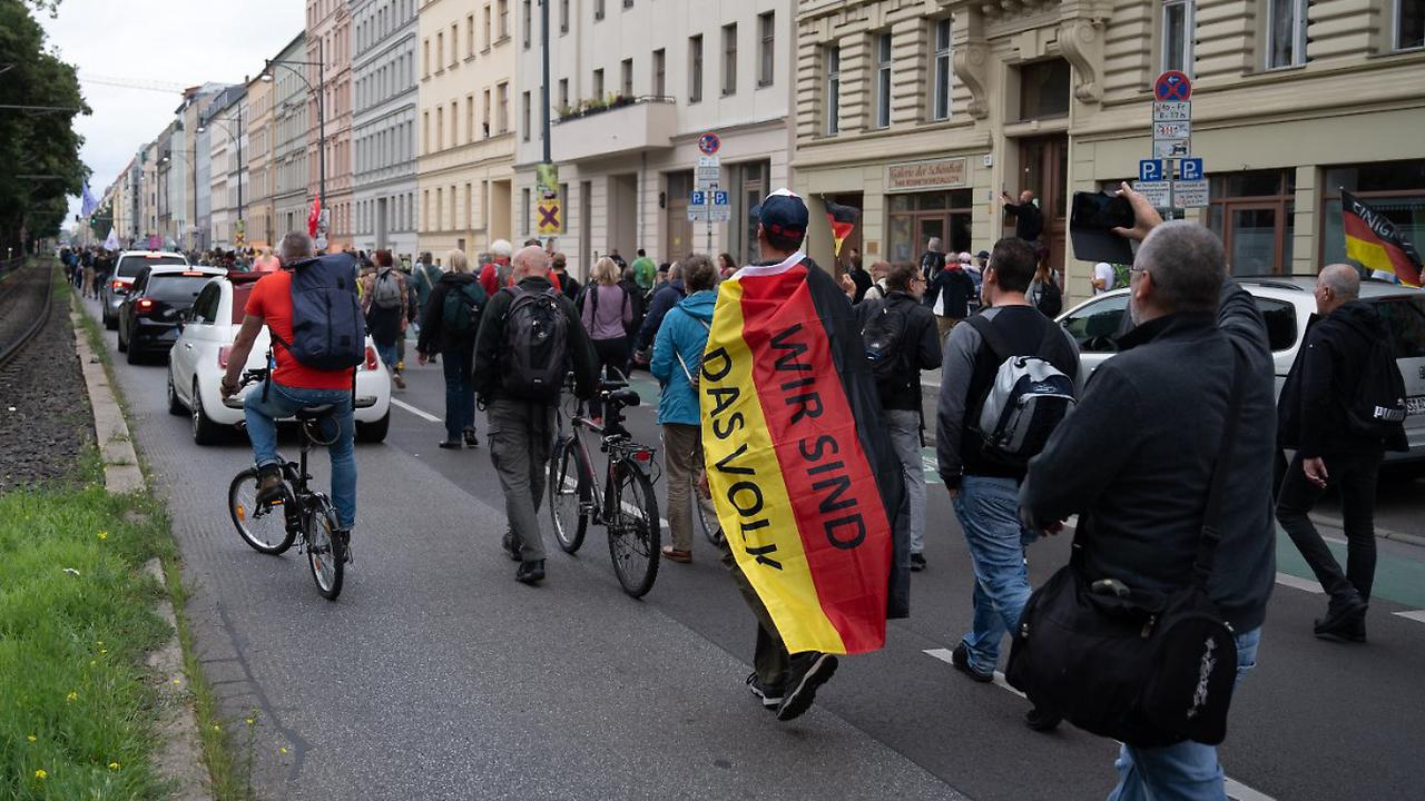 """Querdenker"" und Idar-Oberstein: Söder greift AfD scharf an"