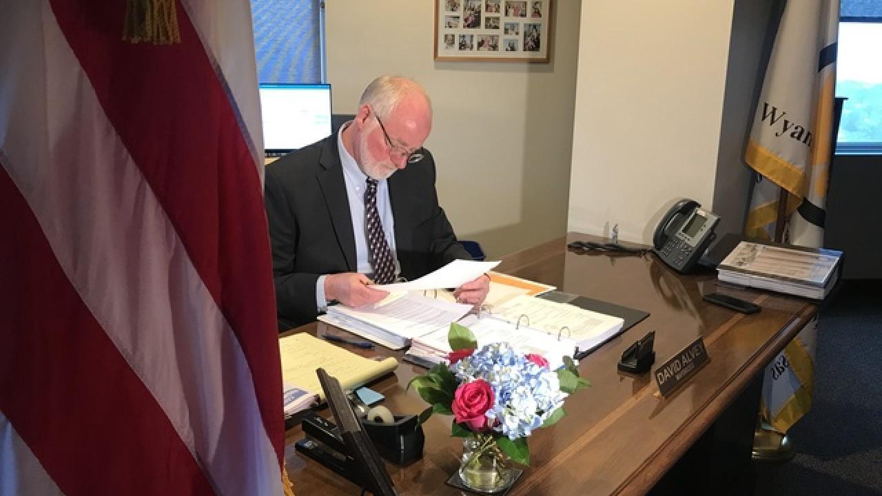 KCK Mayor David Alvey files for re-election bid