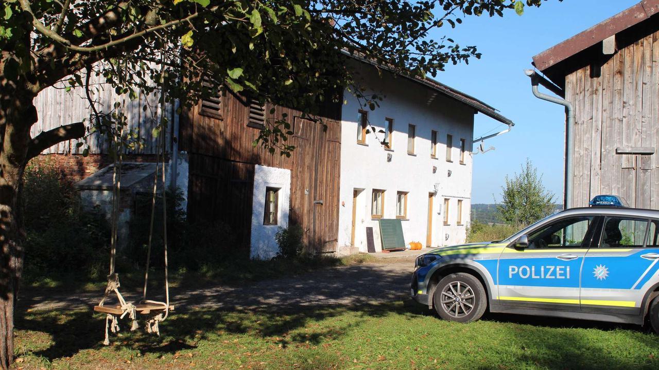 """Querdenker betreiben """"Lernoase"""" bei Rosenheim: Behörden über Ausmaß überrascht - """"Ein Novum"""""""