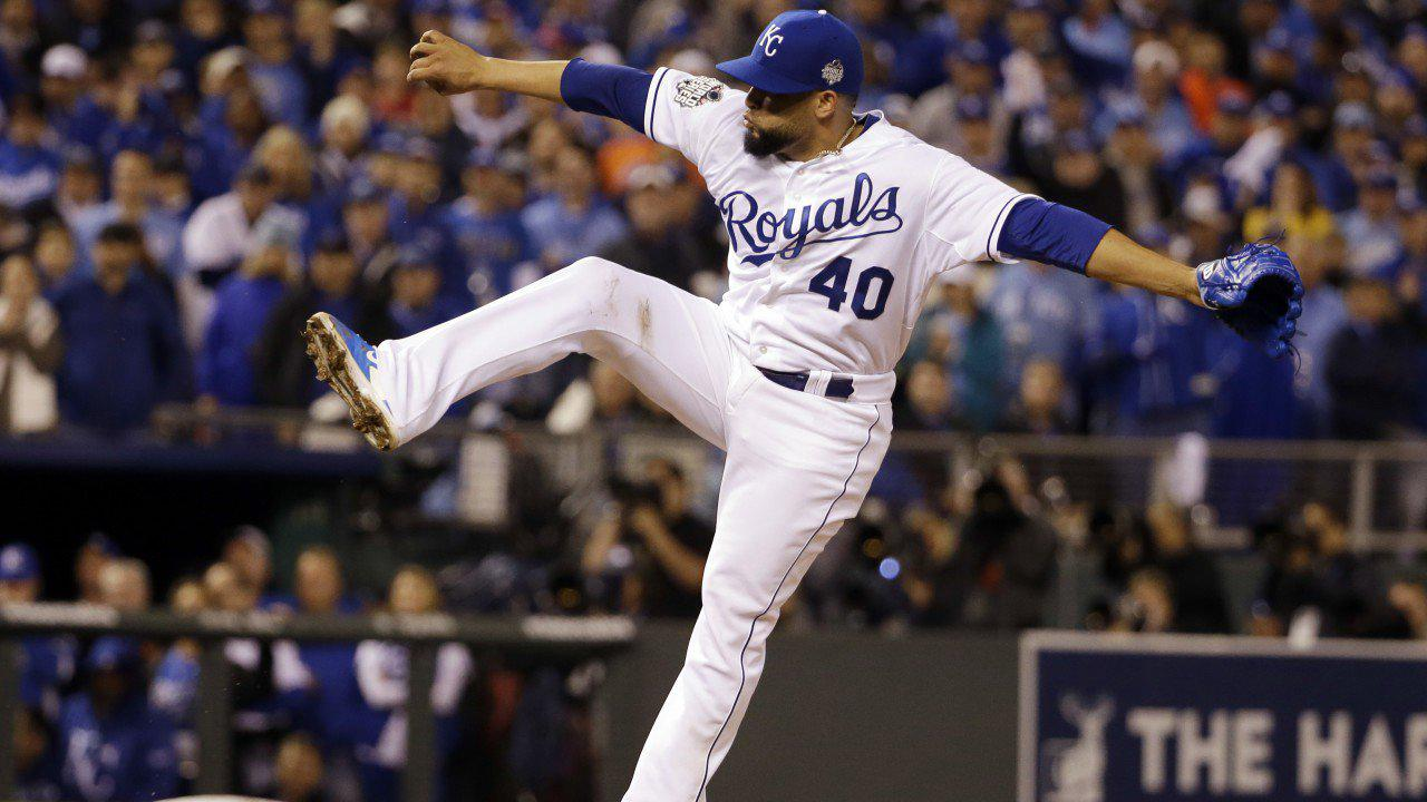 Former Royals reliever Kelvin Herrera retires from baseball