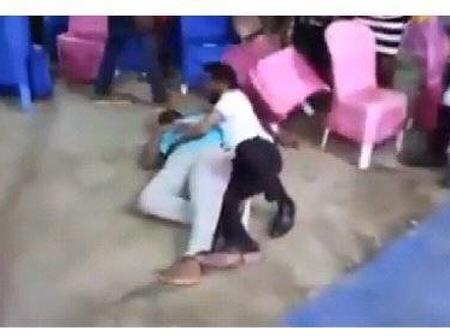 END TIME: See What This Pastor Was Caught doing inside The Church, that has got people talking