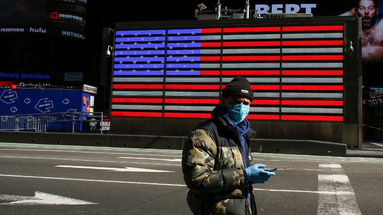 Life expectancy of American men fell by two years amid pandemic: study