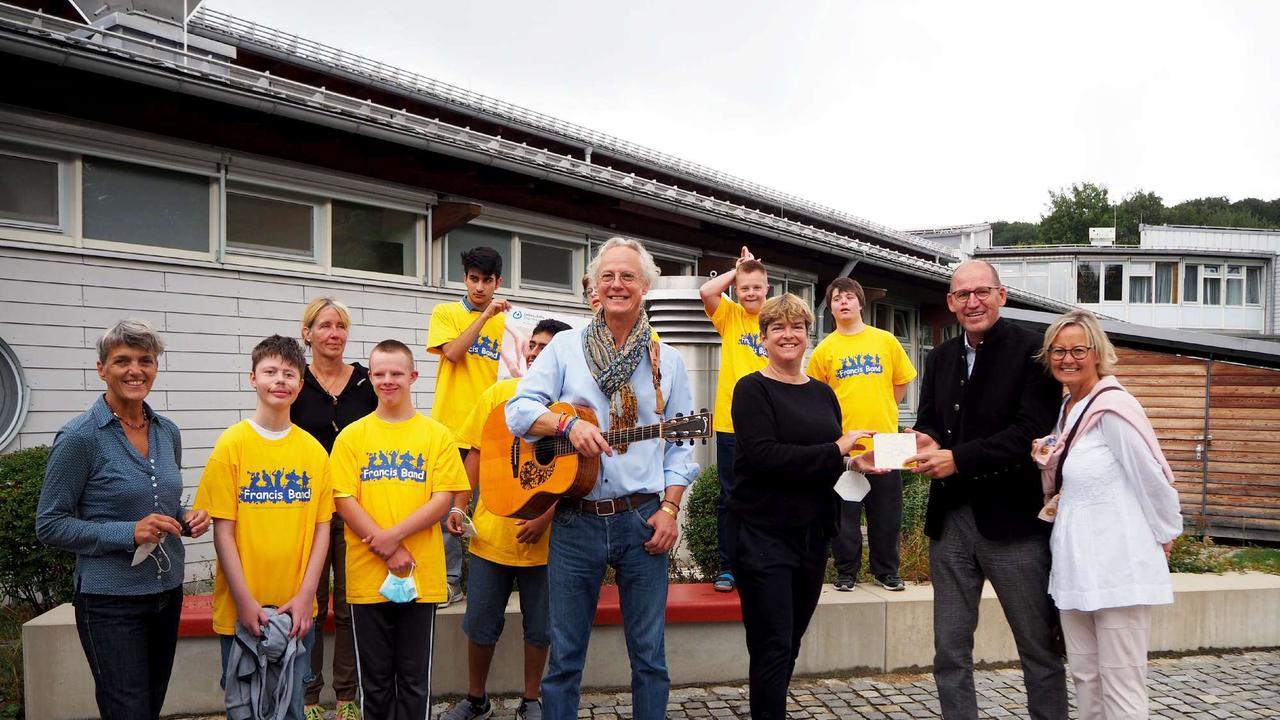 Gelebtes Recht auf Teilhabe: Franziskusschule feiert 50-jähriges Bestehen