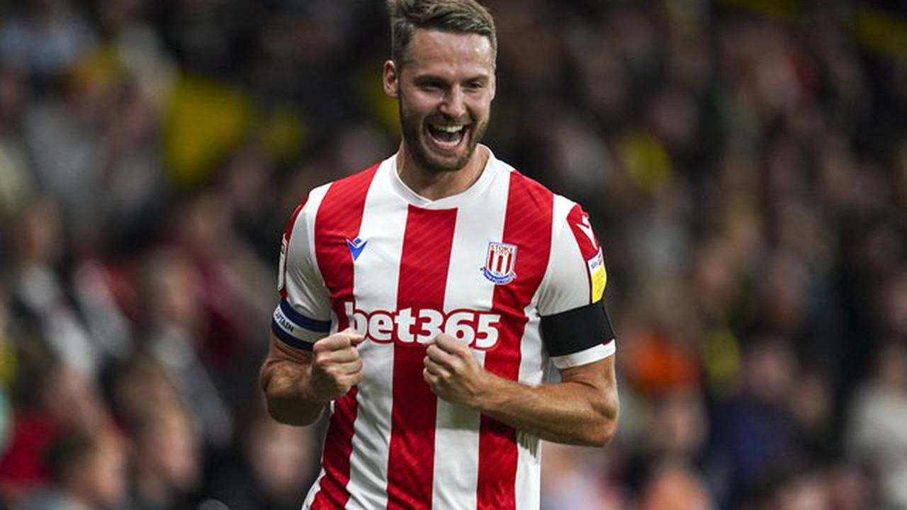 Nick Powell fit to return for Stoke as they play host to Hull