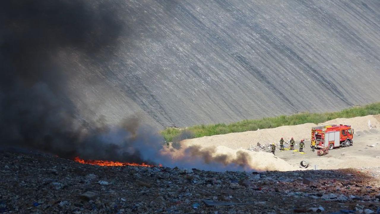 Essonne : inquiétude des habitants après l'incendie au centre de traitement des déchets de Vert-le-Grand