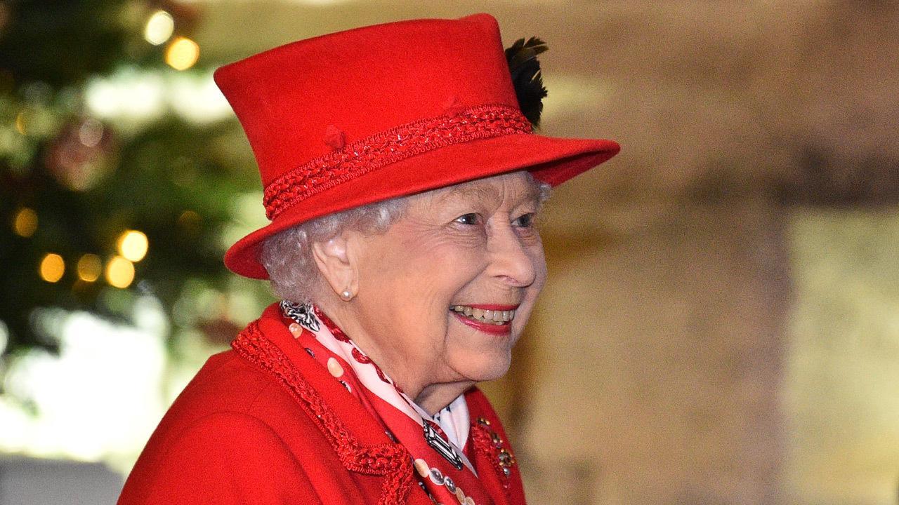 Queen Elizabeth II calls vaccine 'quite harmless'