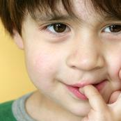 Mentir à ses enfants fera d'eux de bons manipulateurs demain, le saviez vous ?