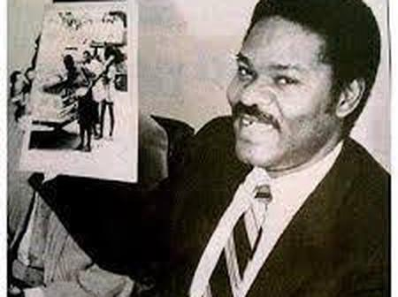 Remembering Dele Giwa The Nigerian Journalist That Was Killed By A Mail Bomb. (Biography and Photos)