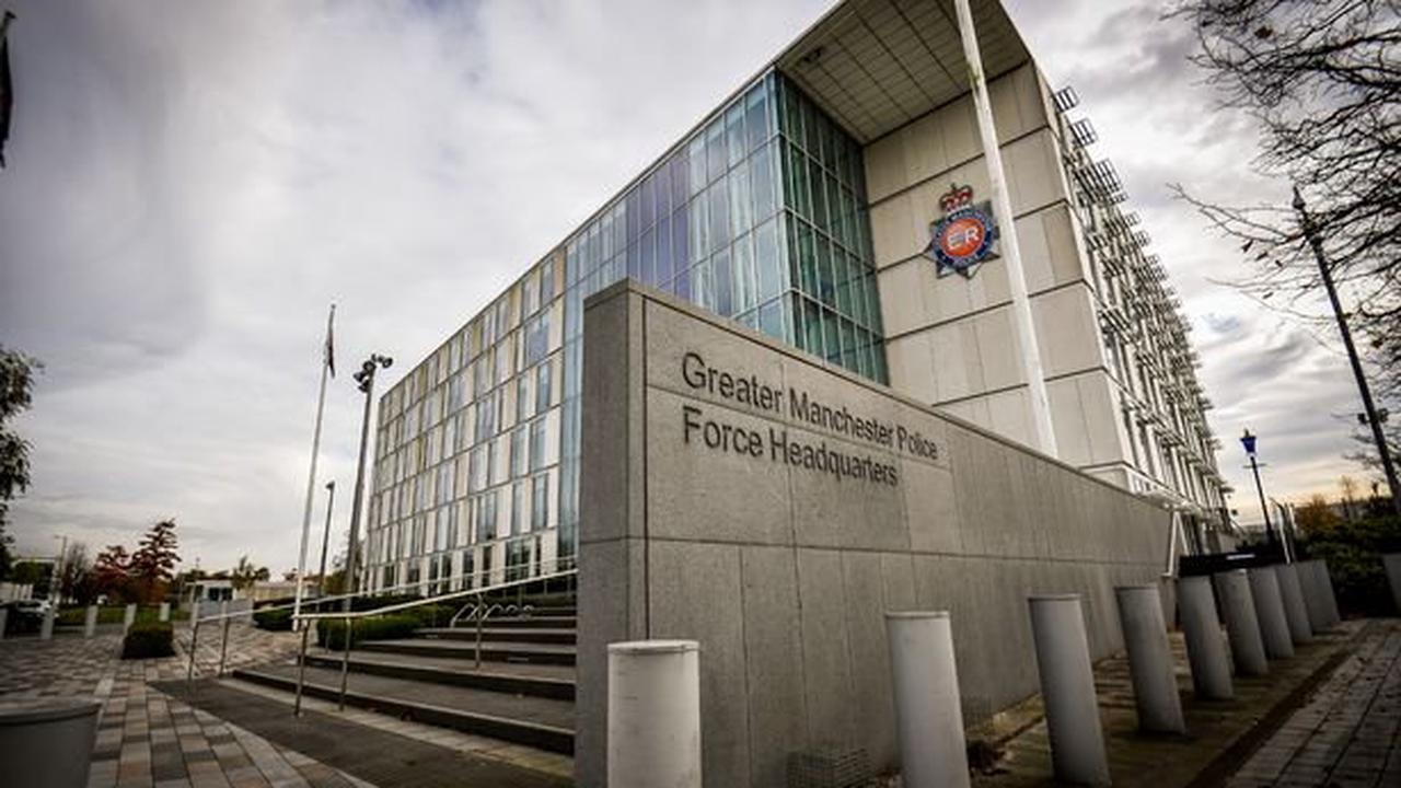 'Predator' police constable 'tried it on' with four vulnerable domestic abuse victims, inquiry hears