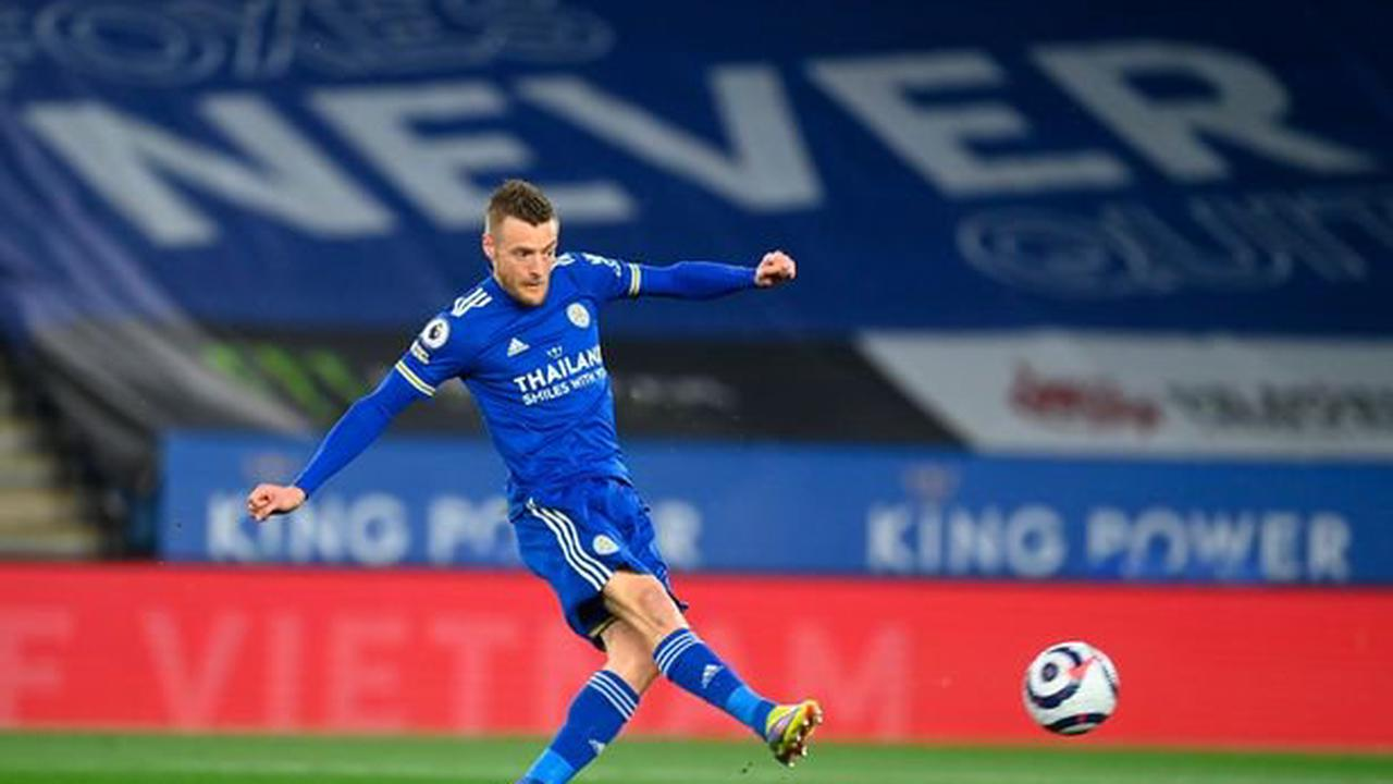 Jamie Vardy rediscovers scoring touch to boost Leicester's Champions League hopes