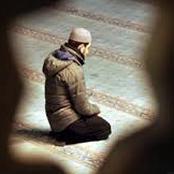 هل تعلم ما هو التخصر في الصلاة الذي نهى عنه النبي صلى الله عليه وسلم؟