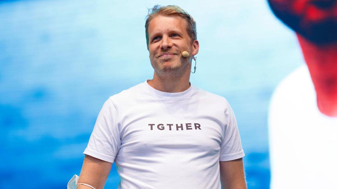 Verstoß gegen die Corona-Auflagen: Oliver Pocher von der Polizei abgeführt