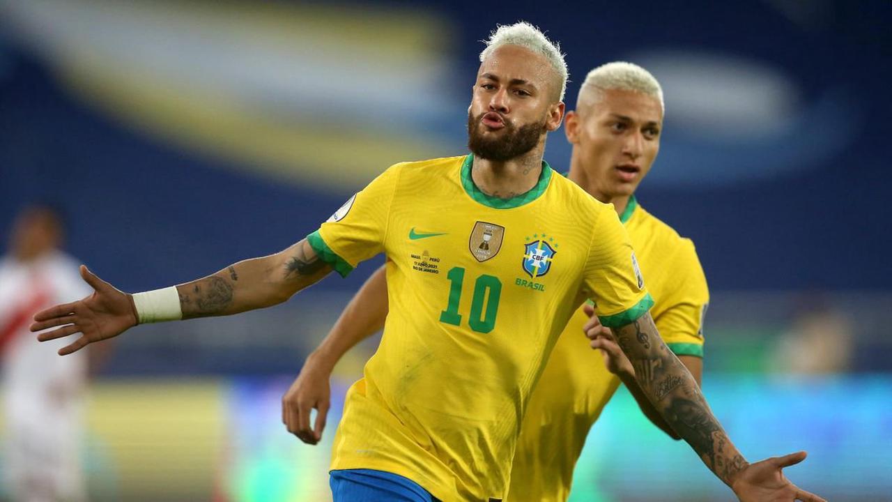 Football news - Neymar closes in on Pele scoring record as Brazil crush Peru at Copa America