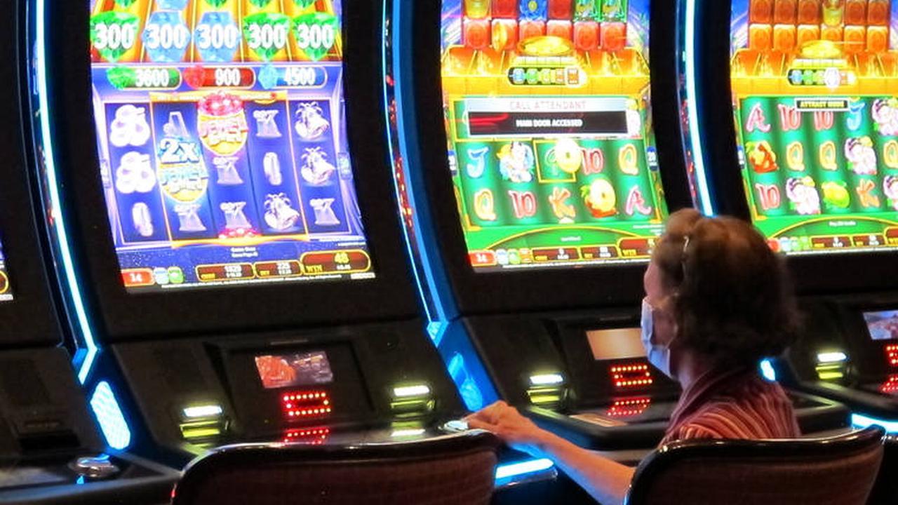 Ige opposes casino on Oahu DHHL land