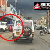 Netizens React As 'Learner' Is Captured Driving An Ambulance