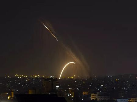 #Pray for Israel trending as the iron dome destroy missiles fired into Jerusalem