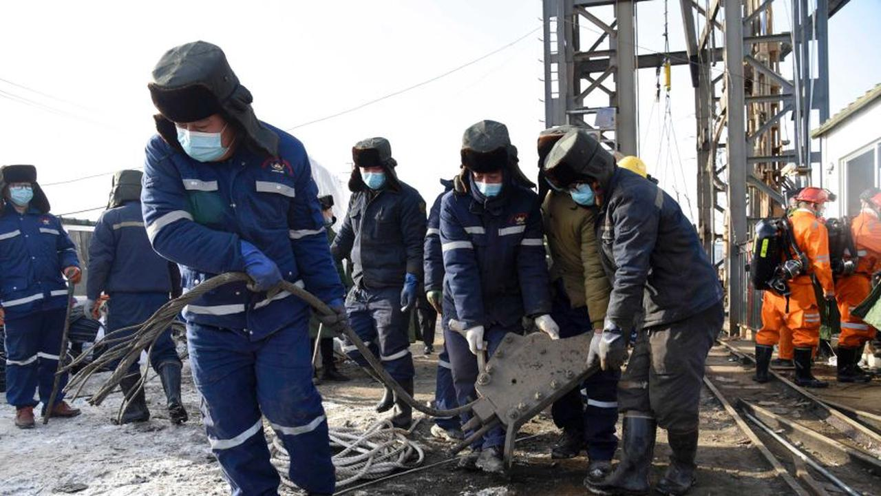 First of trapped Chinese miners rescued