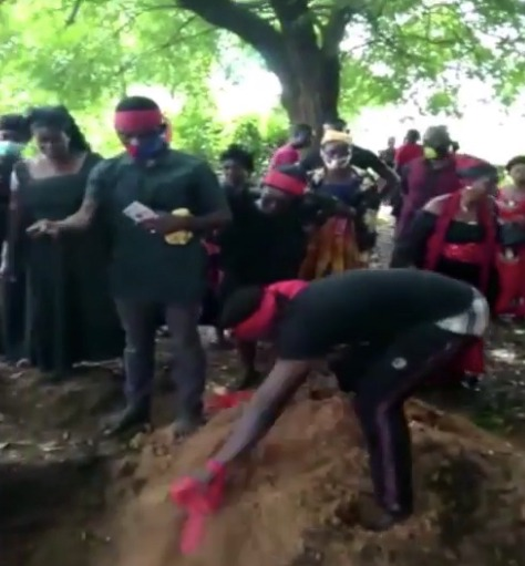 85cf142378b71e4cfa44675fe31068c9?quality=uhq&resize=720 - Mass Burial: Tears Flow As 4 Children Who Perished In A Fire At Amasaman Goes To Their Maker Today