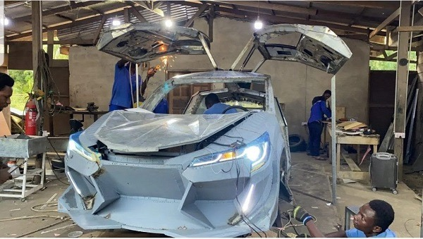 860617cf80904e34855986a5b6a85828?quality=uhq&resize=720 - Kwadwo Safo Jnr Celebrates His Birthday With A Lamborghini Cake After Building The Same Type Of Car