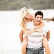 Si vous aimez une personne voici 3 moyens faciles pour attirer son attention sur vous.