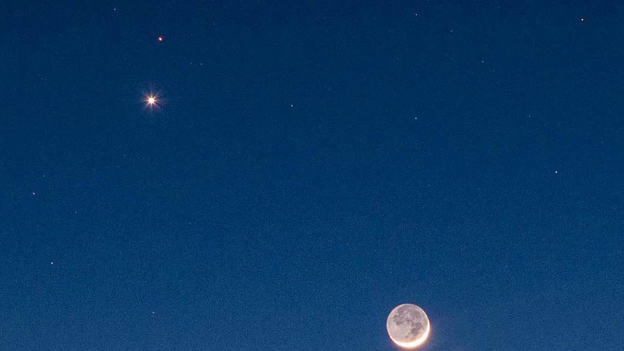 Beobachtungstipps: Venus kommt, Mars geht, und der Mond kommt zu Besuch