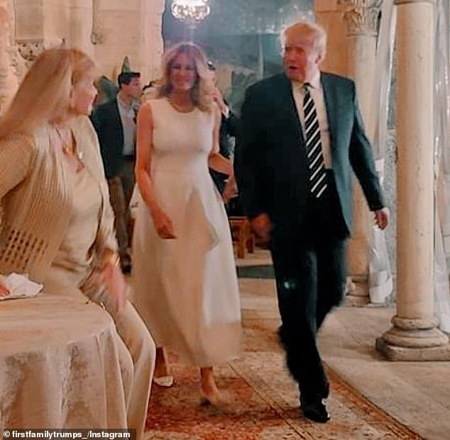 Melania Trump makes second public appearance in a week with her husband Donald Trump at Mar-a-Lago (photos)
