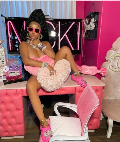 Nicki Minaj shares new saucy photos as she makes a comeback after social media hiatus