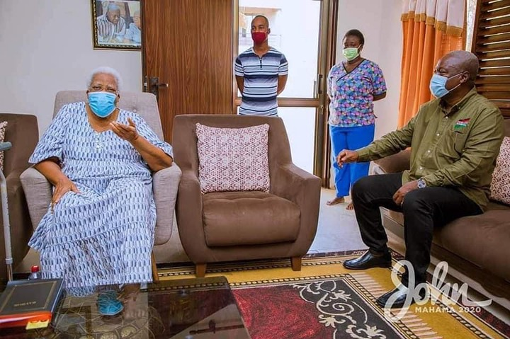 873004993572a6ddde815037b93d397a?quality=uhq&resize=720 - Mahama visits Amissah Arthur's mother at Cape Coast for her blessings ahead of the General Elections