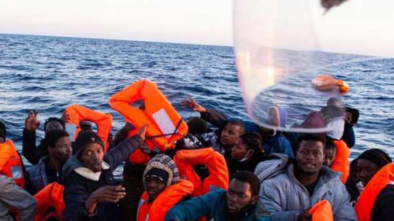 Deutsches Hilfsschiff rettet 86 Bootsmigranten – Malta soll helfen
