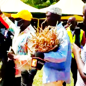 Laughter As Muthama Pays Ksh 5K For A Sack Of 'Mukombero' [Video]